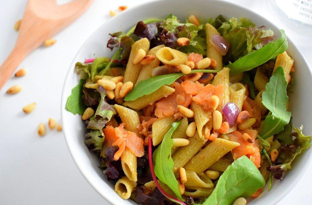 Easy peasy pasta: zalm met pesto
