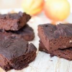 VIDEO: Avocado & zwarte bonen brownies