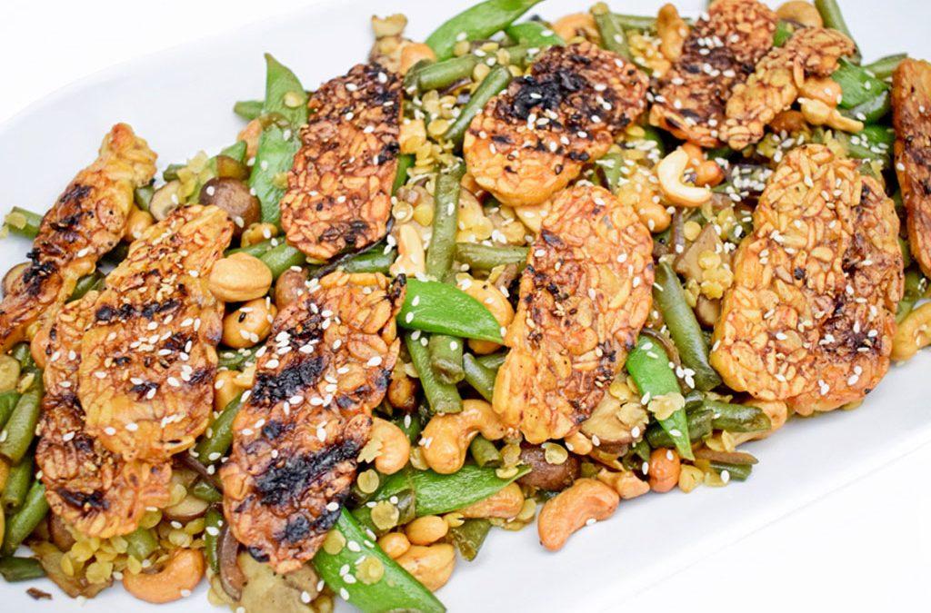 Sesam tempeh met sperziebonen | Tempeh recept | Vegetarisch