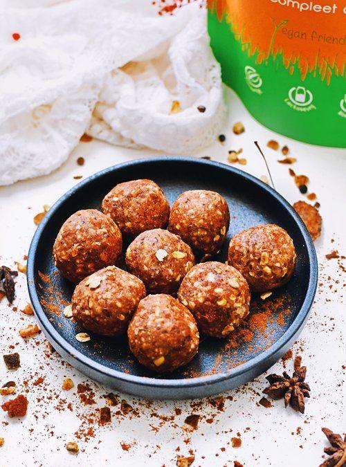 Feestdagen snack | Speculaas bliss balls | Healthy Wanderlust
