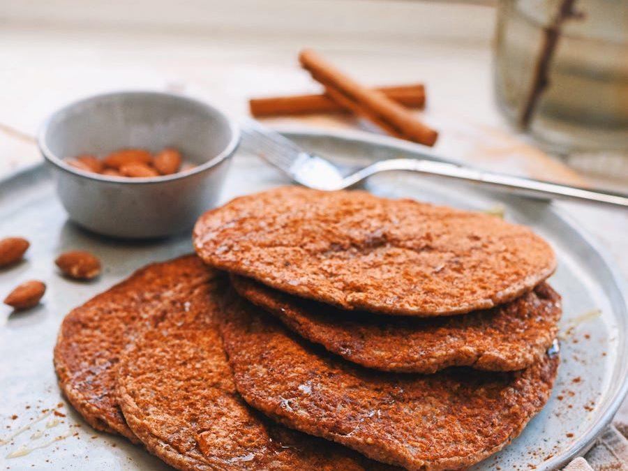 CHOCOLATE PANCAKES | VEGAN & HEALTHY