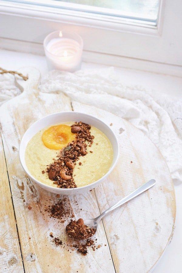 Smoothie bowl met mango | Ontbijt recept