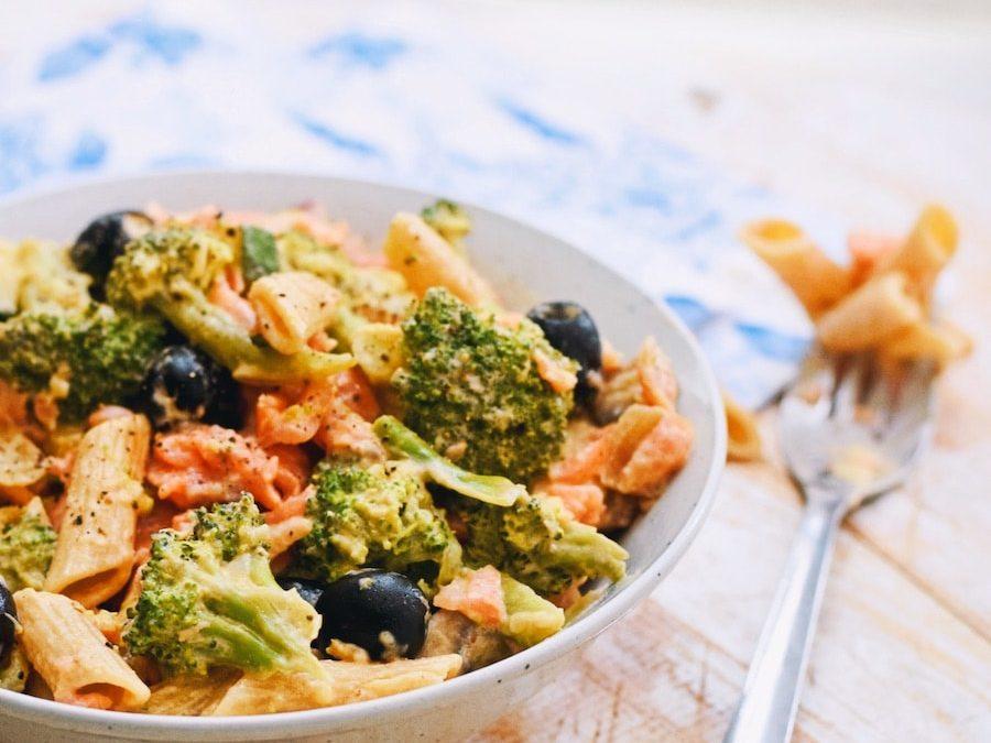 Zalm pasta | Makkelijk pasta recept | Healthy Wanderlust
