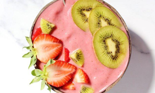 Smoothiebowl met watermeloen en aardbei