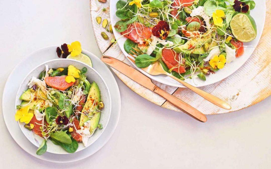 Zomerse salade met grapefruit en burrata