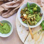 Vegetarische pasta met broccolipesto