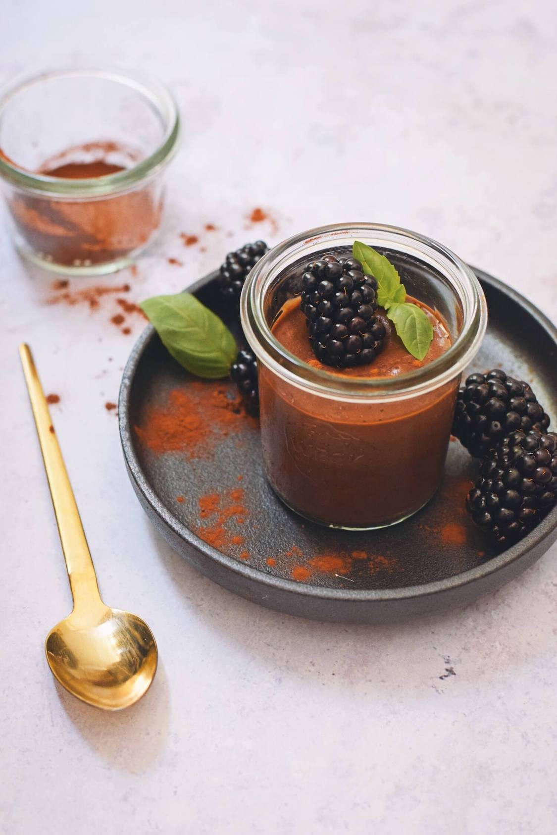 Vegan chocolademousse maak je zo | Slechts 4 ingrediënten