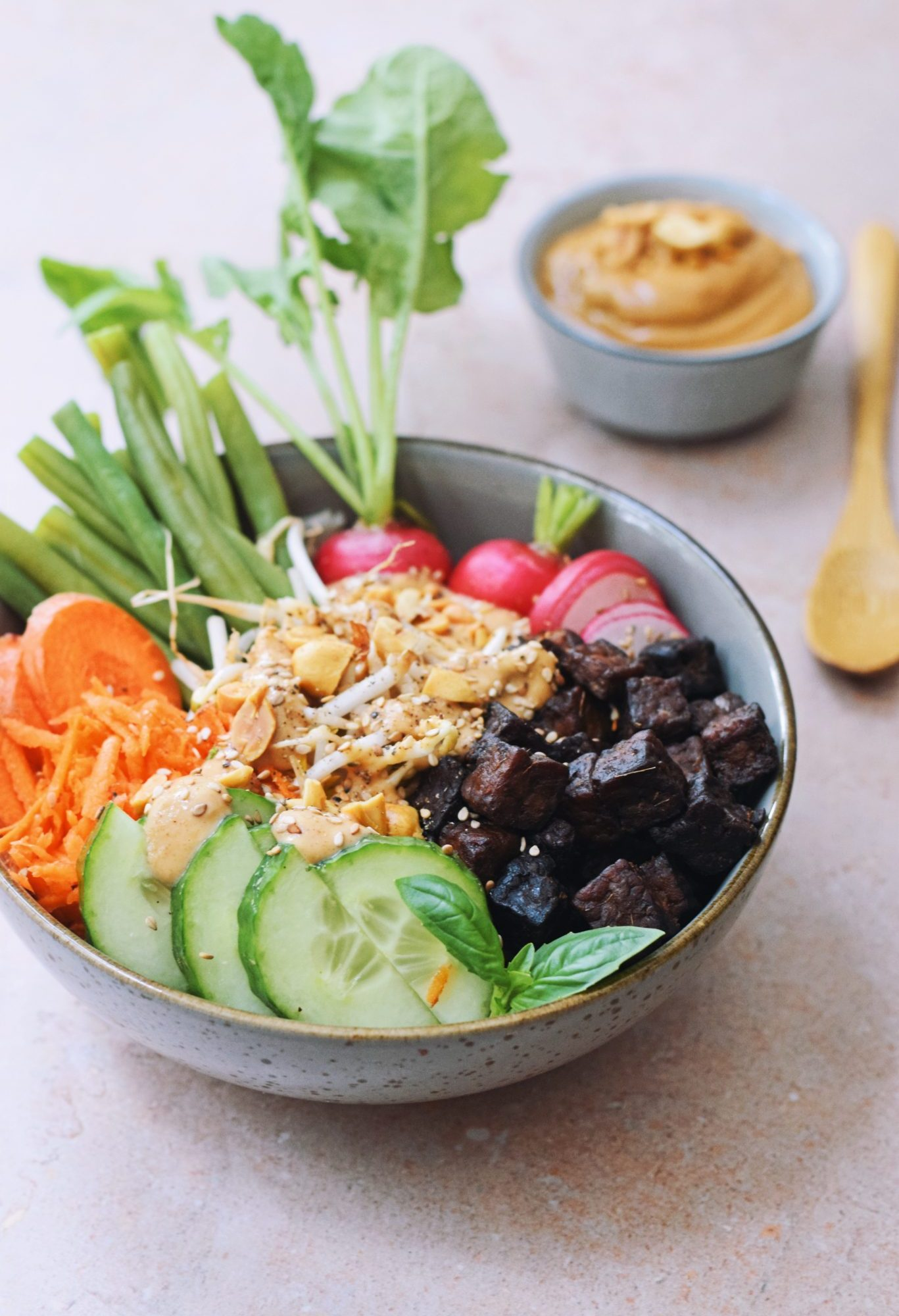 Vegan gado gado recept | Met lupine tempeh