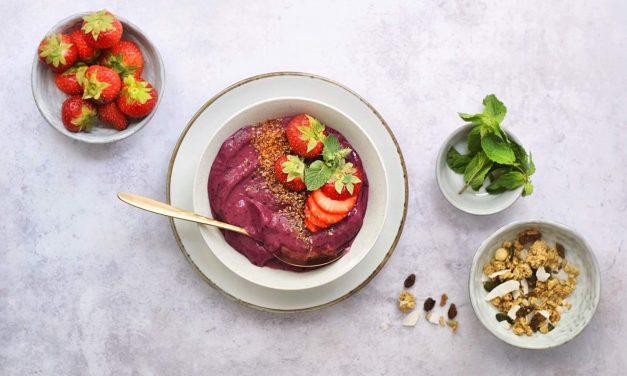 Zo maak je de lekkerste acai bowl | Acai recept met 6 ingrediënten