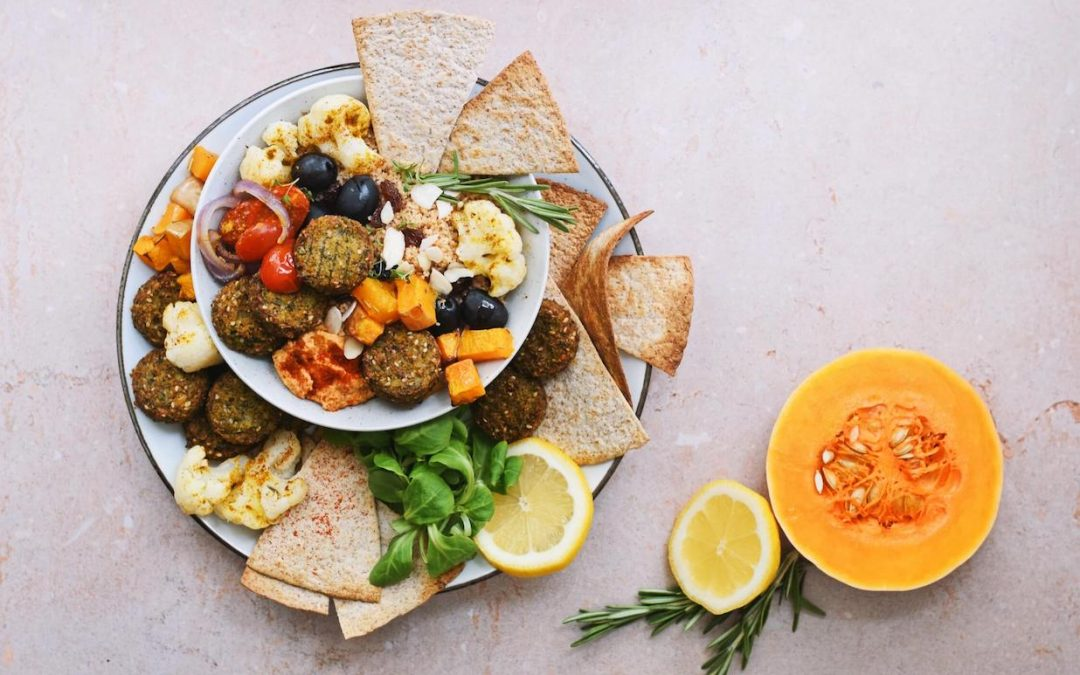 Mediterrane falafel salade | Gezond avondeten recept
