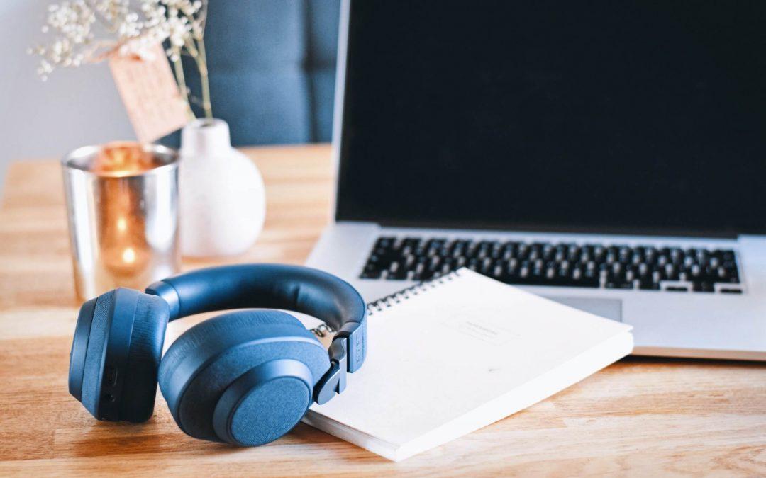 7 x podcast aanraders | Zelfliefde, mindset & geluk podcasts